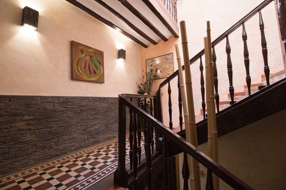 11. Escaleras - pasillo 2 (4)